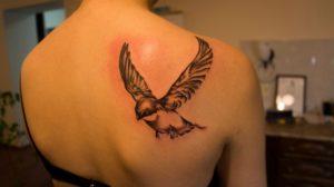 Что означает тату птица?